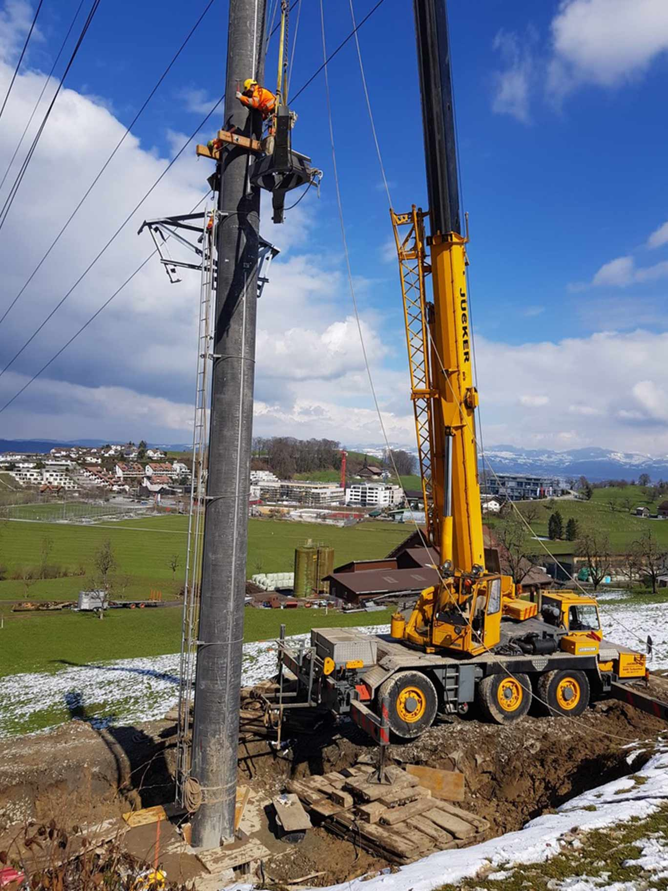 Mastbau Axpo Wollerau Spezialtransporte Schweiz